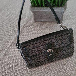 Coach Wrist HandbagBag Black/Taupe